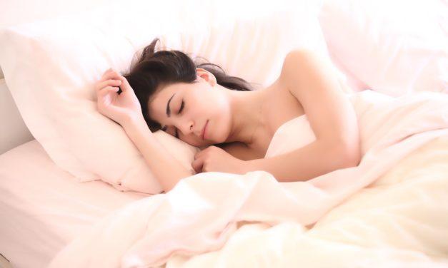 Comment améliorer son sommeil en utilisant uniquement des aliments naturels ?
